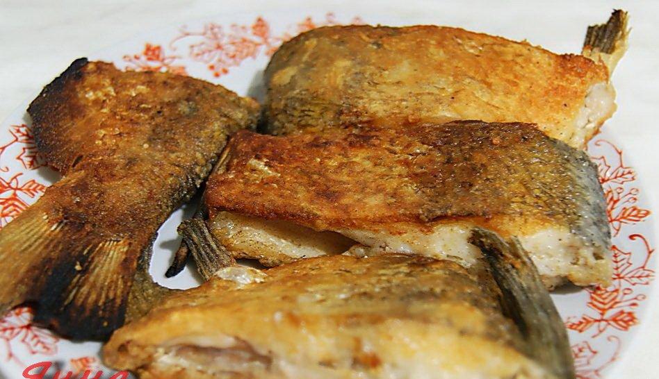 Готовить рыбу можно по-разному: варить, жарить, тушить.